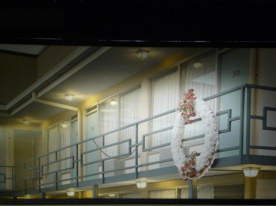 National Civil Rights Museum - Lorraine Motel: La stanza con la balconata dove è estato ucciso
