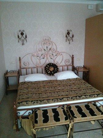 Hotel Dodo : Кровать