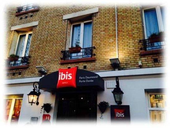 Hotel ibis Daumesnil Porte Doree: Hotel IBIS Porte Dorée entrée extérieur