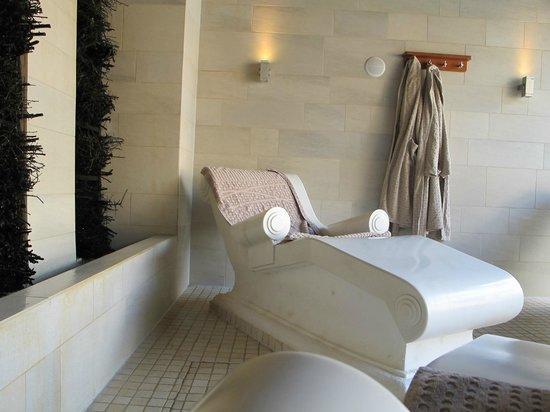Lopesan Villa del Conde Resort & Corallium Thalasso: Sillones calentitos del Spa