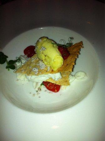 Das Central - Alpine . Luxury . Life : Tomaten/Mozzarella mal anders..