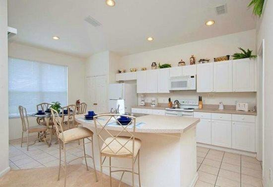 Windsor Palms Resort: Wife loved the kitchen !