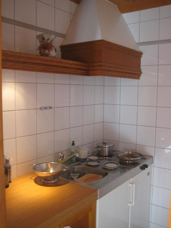 Hotel Laerchenhof Natur : kitchen