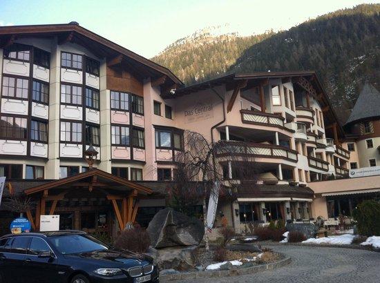 Das Central - Alpine . Luxury . Life: Aussenansicht
