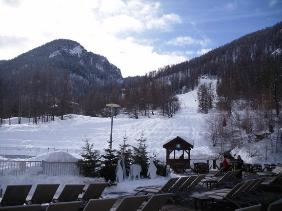 Club Med Serre-Chevalier : View form hotel patio