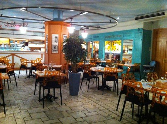 Restaurant Pizzeria Le Villaggio : ambiance place de village