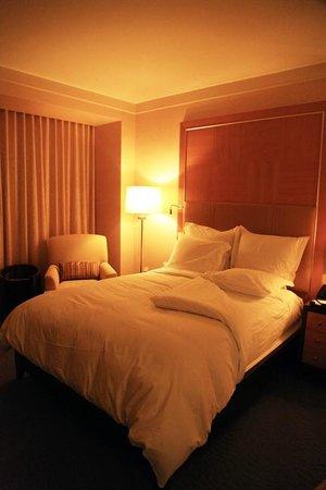 The Ritz-Carlton, Toronto: Zzzzzzzz