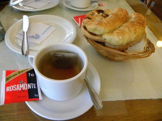 Aconcagua Hotel: Desayuno para 2