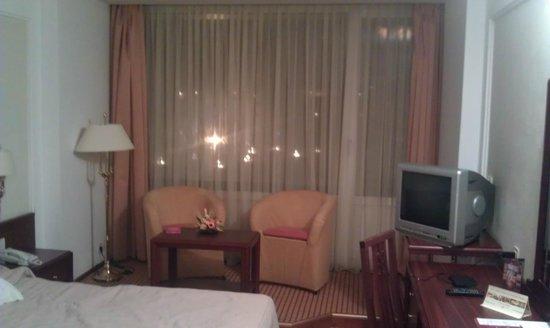 Aro Palace: 5* - Room View 1