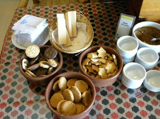 Aconcagua Hotel: Opción de galletitas dulces para todo el comedor