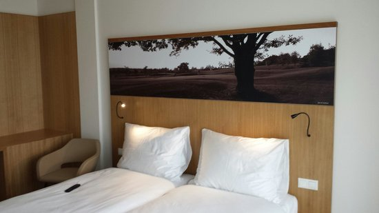 Hotel S-Port Veska: Guest room