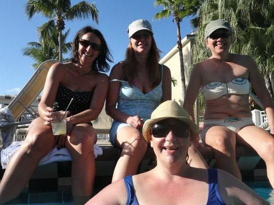 Pier House Resort & Spa: All smiles at the pool