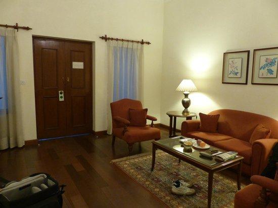 Maidens Hotel: Living room