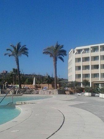 db Seabank Resort + Spa: The Sea Bank Resort + Spa Hotel Pool