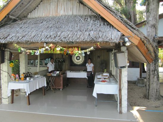 Lipa Lodge Beach Resort : breakfast