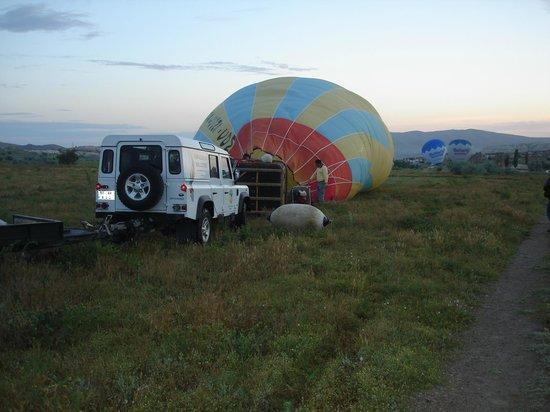 Kapadokya Balloons : Right before flying over Kapadokya