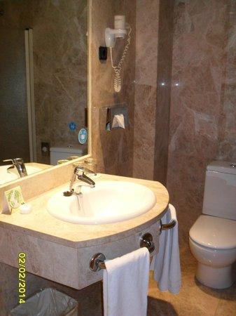 Hotel Praga : Baño