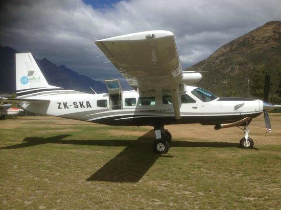 Air Milford: New Cessna Caravan