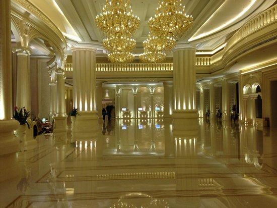 Grand Bravo Guilin: Lobby
