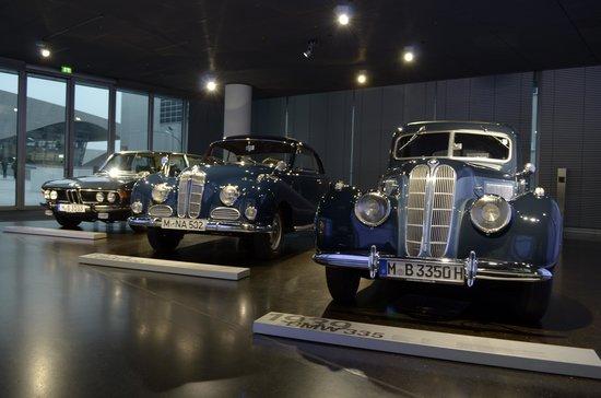 BMW Welt: Exposição de carros de coleção