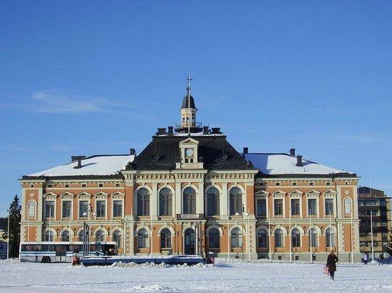 Viikinkiravintola Harald: Ayuntamiento Kuopio