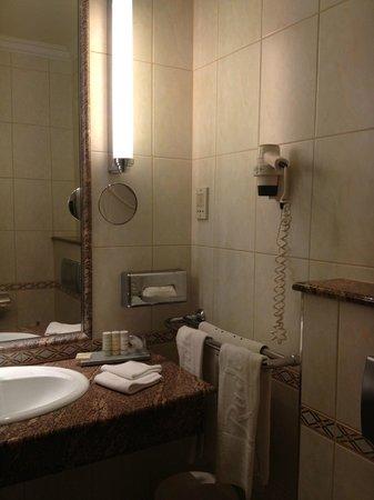 Radisson Blu Beke Hotel, Budapest : banehiro