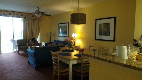 Orlando's Sunshine Resort: vista parcial cozinha conjugada sala