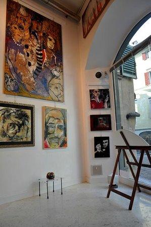 Galleria111 : Interno
