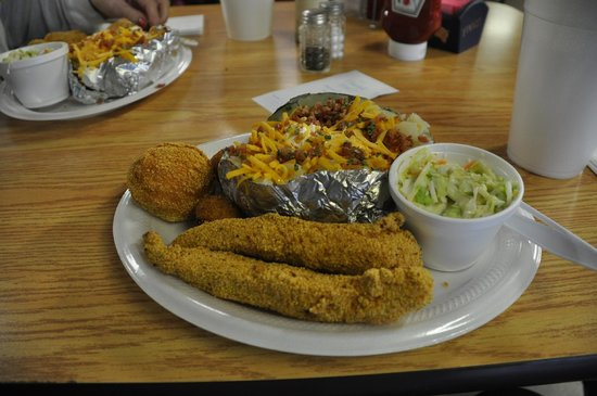 Porky's Smokehouse and Grill: Fried Catfish and Baked Potato