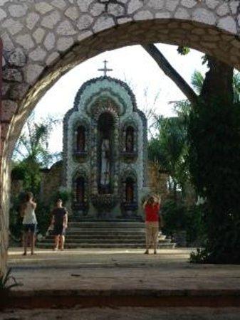 La Casona de Valladolid : Beautiful shrine