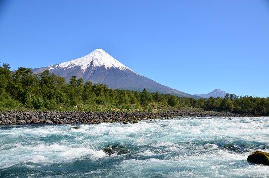 Alsur Expediciones: Beautiful Volcano