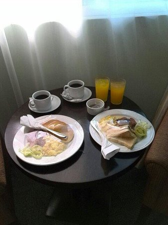 Sotogrande Hotel & Resort : 朝食です。