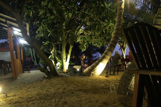 Sevana Beach Restaurant And Pub: Romantic