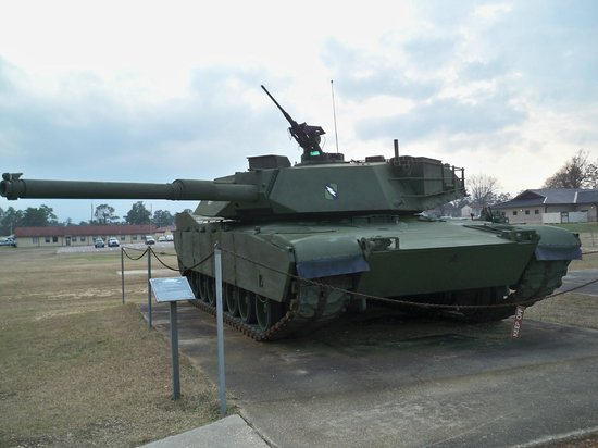Mississippi Armed Forces Museum: One of the many outdoor displays