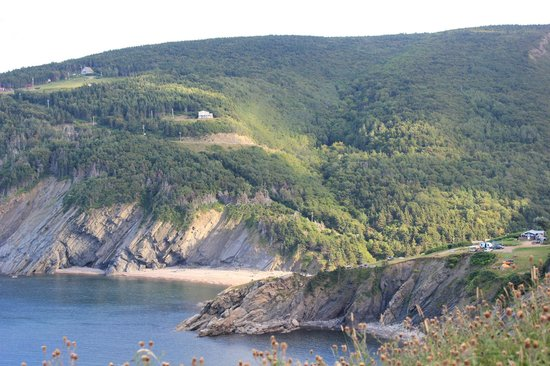 Meat Cove: Road and Campsite