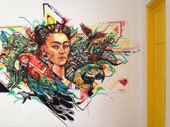 Hostal B&B Dos Fridas y Diego: a Frida Kahlo mural