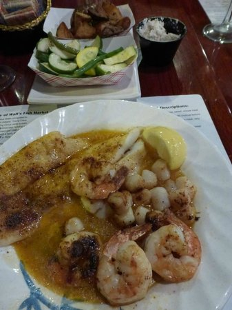 Walts Fish Market and Restaurant: Seafood Scampi