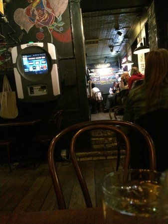 Broome Street Bar : view from my table