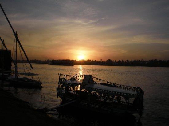 Pyramisa Isis Hotel & Suites Luxor: nilo