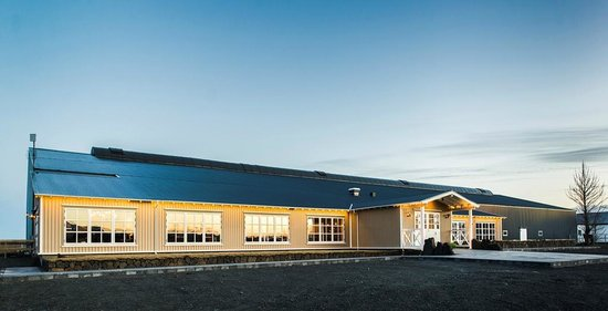 The Icelandic Horse Park Fakasel: The restaurant and the Icelandic design store