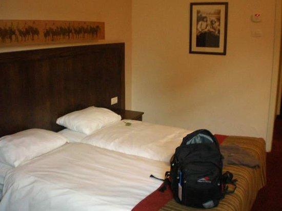 Kfar Giladi Hotel: habitacion doble