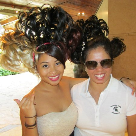 """Royal Hawaiian Center : I did not """"purchase"""" this Hairstyle but this Lady (left) was a good sport with her Aloha spirit"""