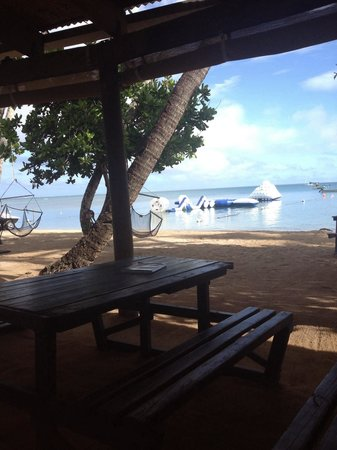 Robinson Crusoe Island Resort: Morning breakfast view