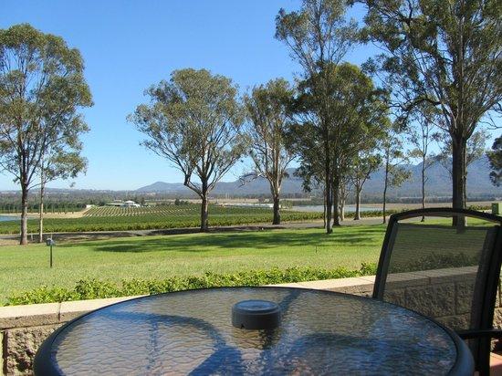 Tuscany Wine Estate Resort: Vue de notre chambre sur la terrasse privée