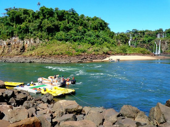 Rafting in the River Iguacu: Partida do rafting