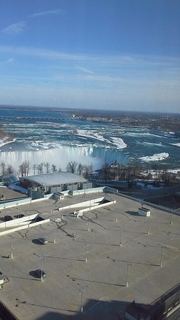 Hilton Niagara Falls/Fallsview Hotel & Suites: view from the room