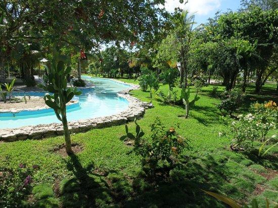 El Dorado Royale, by Karisma: Hotel grounds.