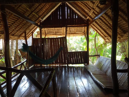 Lom Lae Beach Resort: private balcony area off room 6