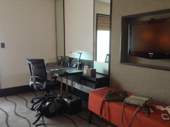 Sama-Sama Hotel KL International Airport: living area