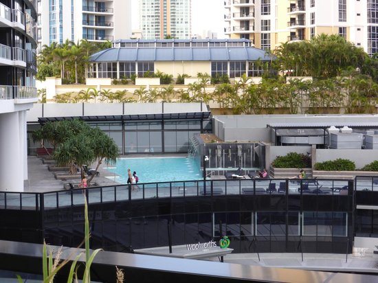 Mantra Circle on Cavill: North BBQ area and Pool